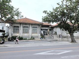 施設規模が飽和状態となっている石垣市立八重山博物館=1月10日