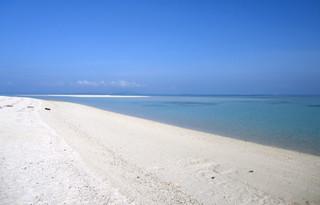 世界最大級の口コミサイトで国内2位に選ばれた竹富島のコンドイビーチ=(2011年7月30日、NPOたきどぅん提供)