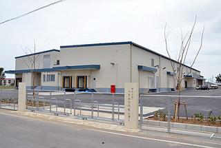 20日にオープンする八重山食肉センターの新食肉加工施設=3日午後