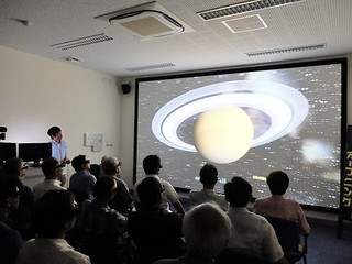 「星空学びの部屋」の4D2U上映会=資料、2013年7月4日