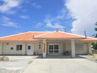 新築された黒島診療所=提供・竹富町役場
