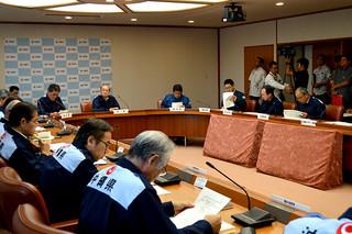 台風19号の被害状況の報告が行われた県災害対策本部会議=14日午前、県庁