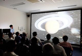 訪問者に人気の石垣島天文台の星空学びの部屋「4D2U」=2013年7月