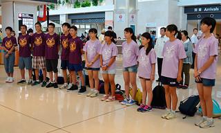 3日間の日程を終え、帰路に就いた北上市の中学生たち=6日午前、南ぬ島石垣空港
