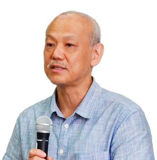 講演する藤井千春早稲田大学教授=5日午後、大浜信泉記念館多目的ホール