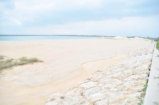 八重山の海びらき会場として利用されることになった南ぬ浜町ビーチ=9日午後
