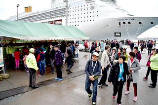 昨年、クルーズ船寄港回数が全国6位となった石垣港=3月11日午前、同港