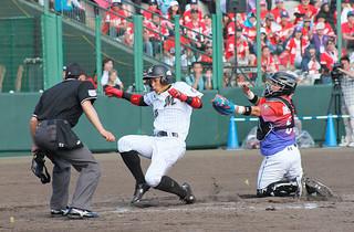 ことしに続き来年2月に石垣市中央運動公園で千葉ロッテー台湾のラミゴモンキーズの交流戦が決定した。写真はことしの交流戦=2月、同野球場