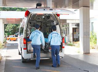 16年、救急車を利用した搬送人員が過去最多となった(資料写真)