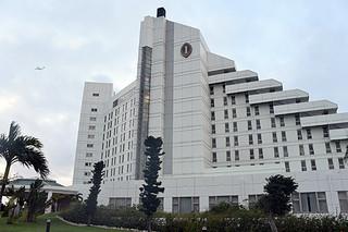 新館建設で約200室の増室計画があるANAインターコンチネンタル石垣リゾート=28日午後、同ホテル