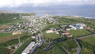 1日に町制施行70周年を迎える与那国島=11月30日午前、祖納地区