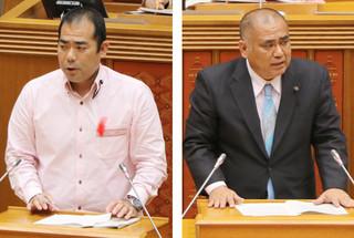 代表質問する砂川利勝氏(右)と次呂久成崇氏=5日、県議会本会議場