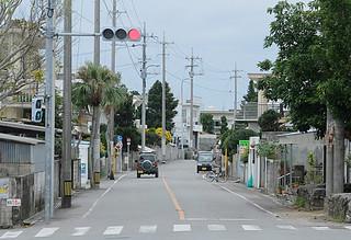 県道への格上げで幅員拡張や歩道整備などが予定されている市道4号線=20日午後、真乙姥嶽近く