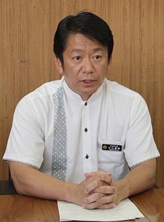 配備計画への協力体制を構築する考えを示す中山義隆市長=18日午後、庁議室
