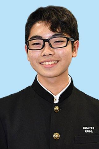 第41回沖縄青少年科学作品展で、最高賞の県知事賞に輝いた石垣第二中学校2年の岡部壮良君