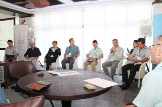 アイランダーサミット石垣の意義について語り合う基調セッション=3日午後、フサキビーチリゾートホテル&ヴィラズ