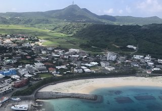 台湾花蓮を結ぶ高速船の実証実験に向けた計画が始動する与那国島=6月5日撮影