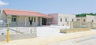 完成した竹富町西表地域活性化宿泊施設「ふるさと寮」=25日午後、西表島大原