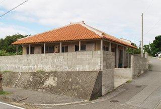 町が待機施設として確保した一軒家=20日、同町(田頭政英通信員撮影)